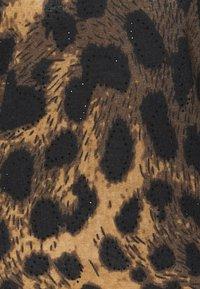 Wallis - ANIMAL HIGH NECK EMBELLISHED - Pullover - neutral - 2