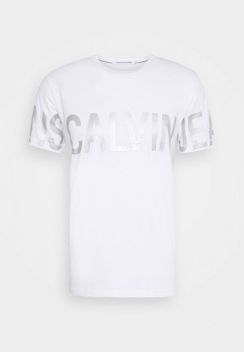 Calvin Klein Jeans - BLOCKING LOGO TEE UNISEX - Print T-shirt - bright white