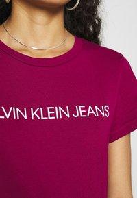 Calvin Klein Jeans - INSTITUTIONAL LOGO TEE 2 PACK - Triko spotiskem - purple - 6