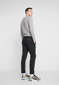 edc by Esprit - BRUSHED - Pantaloni - anthracite - 2