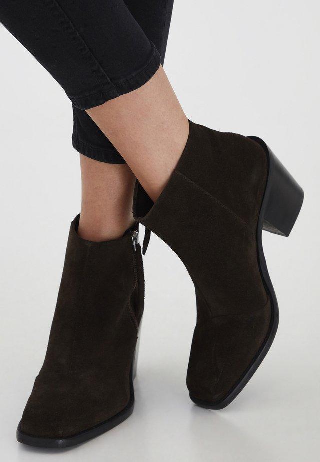 IAOXA FW - High heeled ankle boots - cappuccino