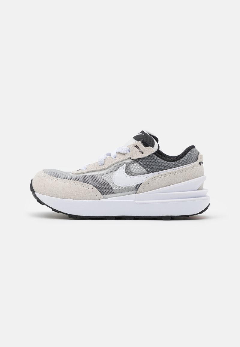 Nike Sportswear - WAFFLE ONE UNISEX - Zapatillas - summit white/white/black/orange