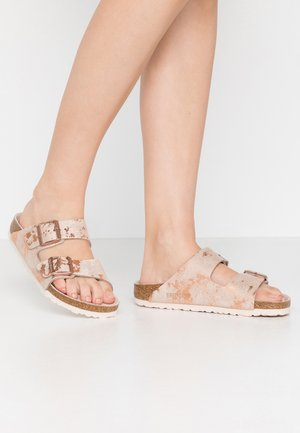ARIZONA - Slippers - vintage metallic rose copper
