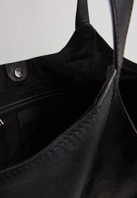 Becksöndergaard - VEG MALIK BAG - Handbag - black - 6