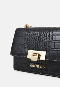 Valentino Bags - ANASTASIA - Across body bag - nero - 3