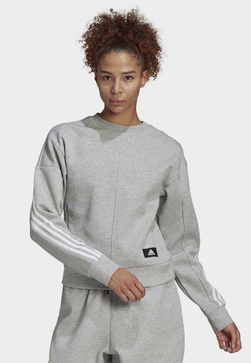 adidas Performance - ADIDAS SPORTSWEAR WRAPPED 3-STRIPES SWEATSHIRT - Sweatshirt - grey