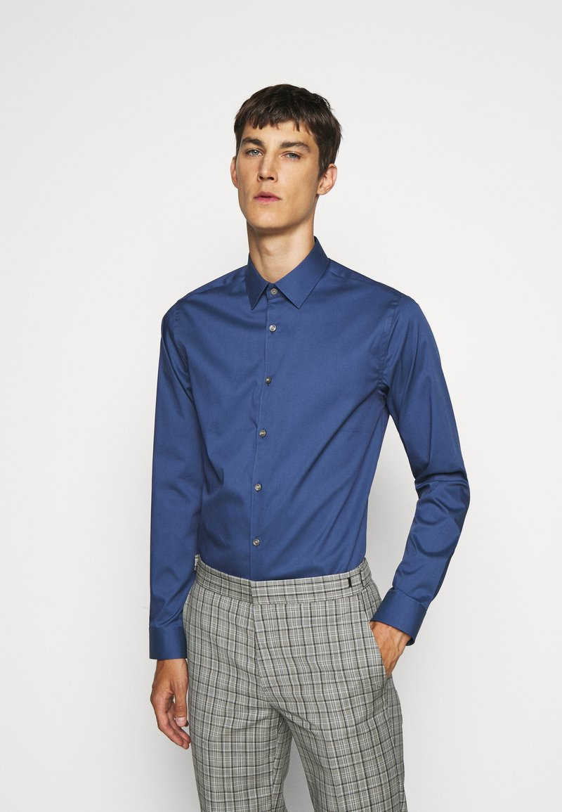 Tiger of Sweden - FILBRODIE - Formal shirt - garage blue