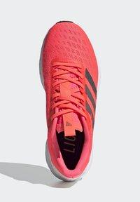 adidas Performance - SL20 SHOES - Löparskor stabilitet - pink - 2