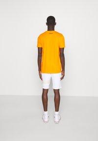 Ellesse - AIUTARMI - Shorts - white - 2