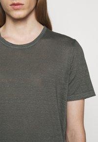 120% Lino - SHORT SLEEVE  - T-shirt basic - iron - 5
