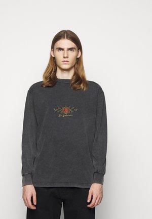 BOXY LONG SLEEVE TEE - Pitkähihainen paita - faded dark grey