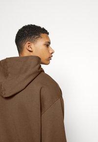 Jaded London - UNISEX NEUTRALS HOODIE - Mikina - light brown - 4