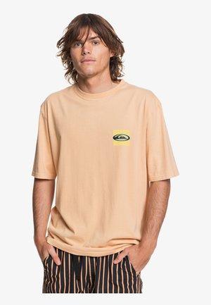 T-shirt imprimé - coral sands