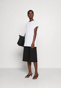 Trendyol - Print T-shirt - white - 1