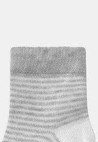 Name it - NBNRILANI 5 PACK UNISEX - Socks - light grey melange - 2