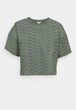 BRODERIE TEE - Print T-shirt - khaki