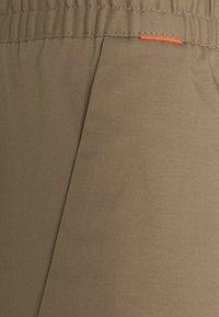 Mammut - CAMIE PANTS MEN - Kalhoty - safari - 3