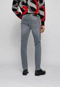 BOSS - Jeans slim fit - light grey - 2
