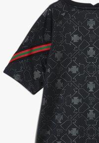 Nike Performance - PORTUGAL FPF Y NK DRY SS PM - Oblečení národního týmu - black/challenge red - 2