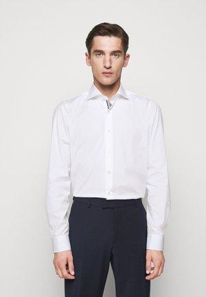 PANKOK - Shirt - white