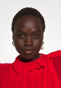 Victoria Beckham - DRAPED GATHERED DRESS - Vestito elegante - red - 2
