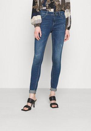 NMALICE  - Jeansy Skinny Fit - medium blue denim