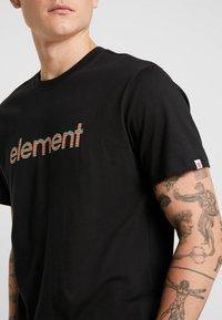 Element - EDDIE - Print T-shirt - flint black - 4
