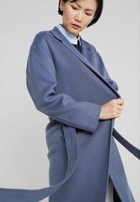Filippa K - ALEXA COAT - Abrigo - blue grey - 6