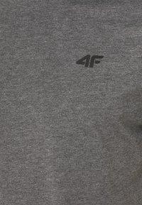 4F - Men's T-shirt - Basic T-shirt - grey - 2