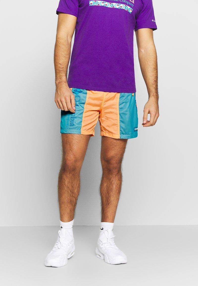 Columbia - RIPTIDE™ SHORT - Pantalones montañeros cortos - brigt nectar