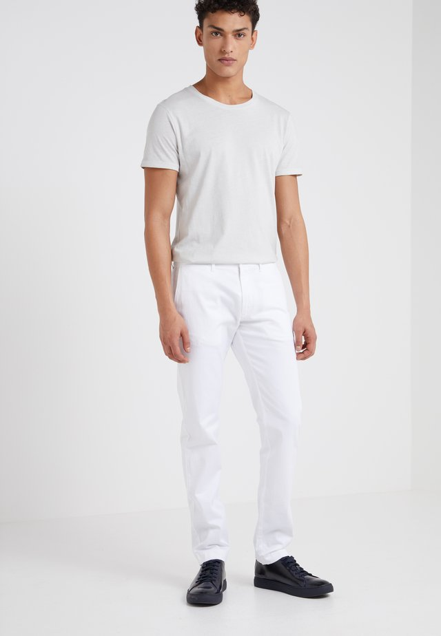 MENS PANTS - Chinos - white