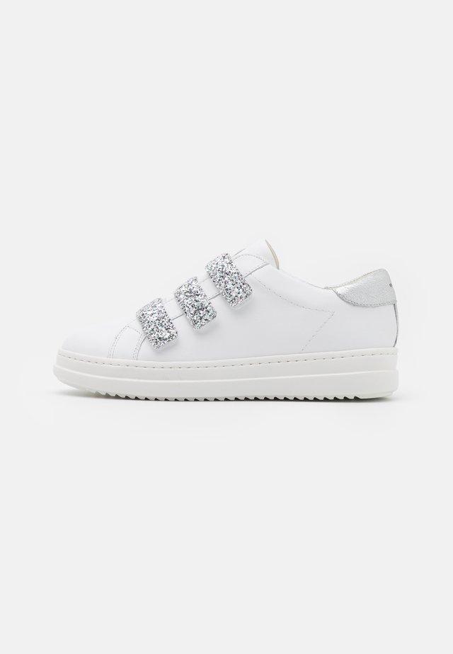 PONTOISE - Sneakers basse - white/silver