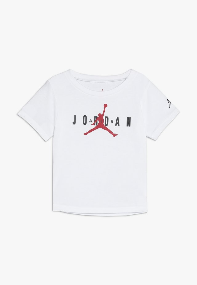 BRAND TEE  - T-shirt z nadrukiem - white