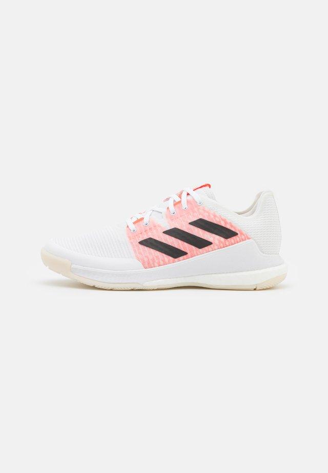 CRAZYFLIGHT - Lentopallokengät - footwear white/core black/solar red