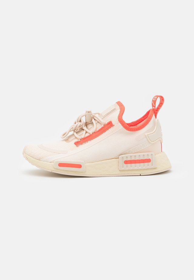 NMD_R1 SPECTOO UNISEX - Sneaker low - halo ivory/lush red/cream white