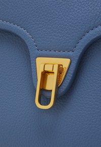 Coccinelle - MARVIN - Handbag - pacific blue - 4