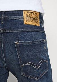 Replay - WILLBI - Jeans Tapered Fit - dark blue - 4