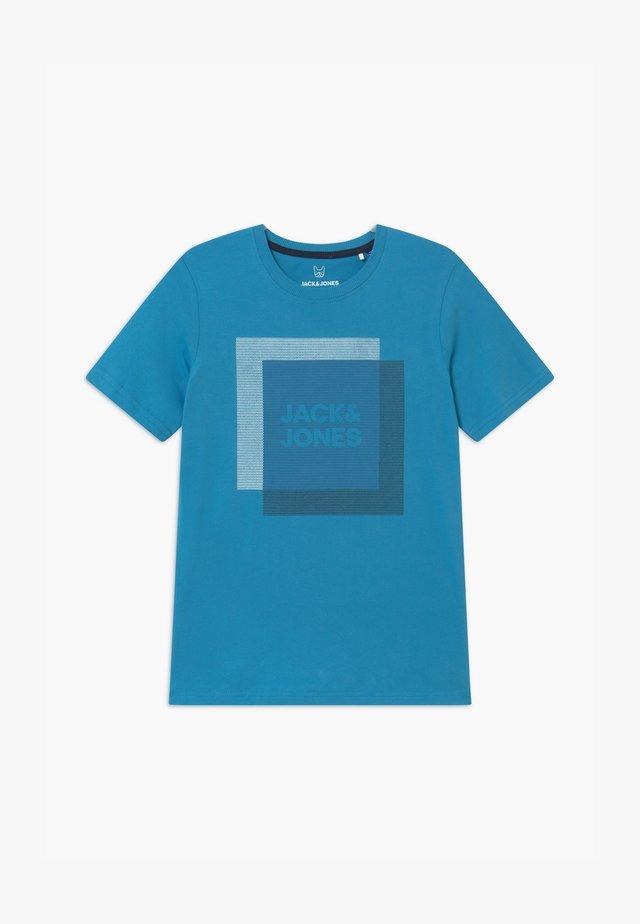 JCOCOOL CREW NECK - Print T-shirt - cendre blue