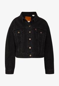 Levi's® - PLEAT SLEEVE TRUCKER - Veste en jean - black denim - 4