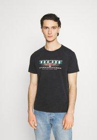 Kaotiko - TIE DYE EGYP - T-shirt print - dark grey - 0