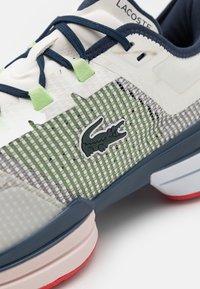 Lacoste Sport - AG LT 21 ULTRA - All court tennisskor - white/blue - 5