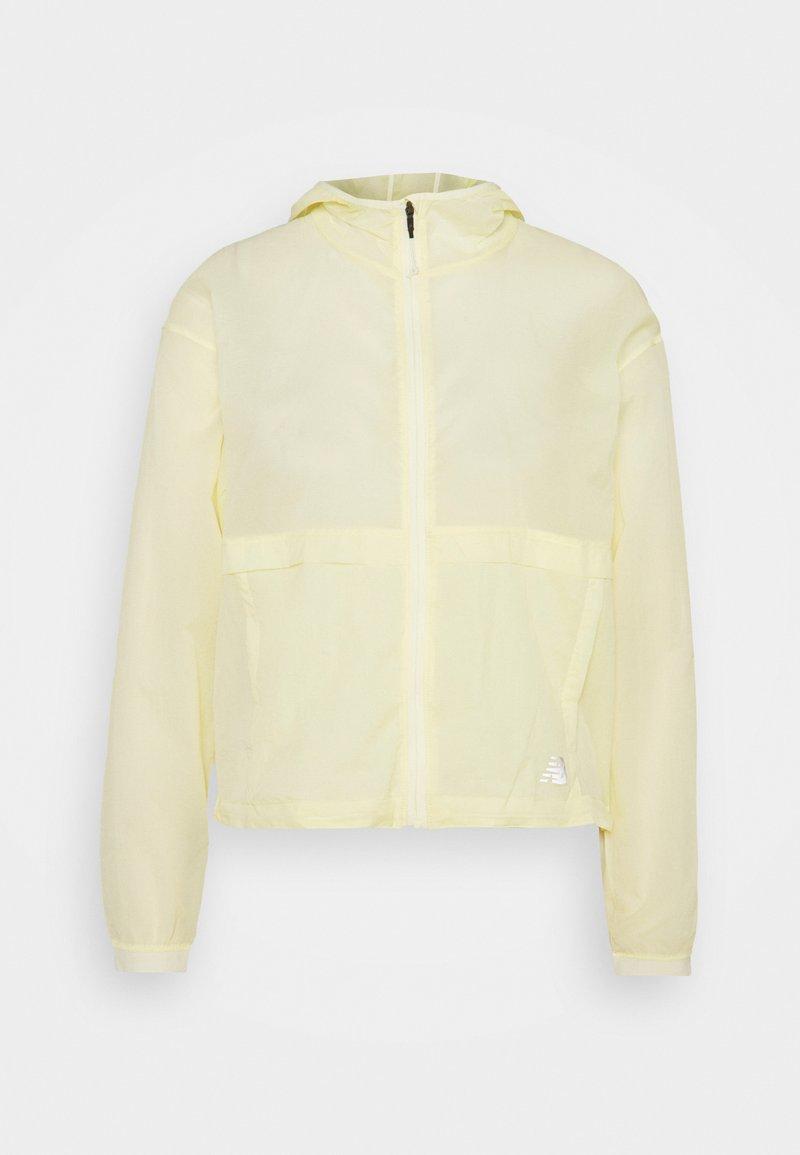 New Balance - IMPACT RUN LIGHT PACK JACKET - Sports jacket - clear yellow