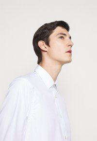 Paul Smith - GENTS TAILORED - Formal shirt - white - 3