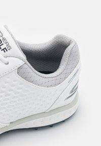 Skechers Performance - ELITE 3 - Golf shoes - white/navy - 5