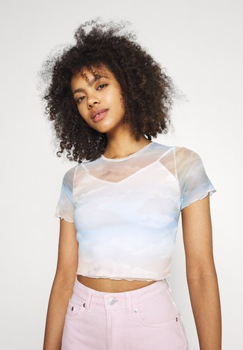 SKY PRINT CROP - Print T-shirt - multi