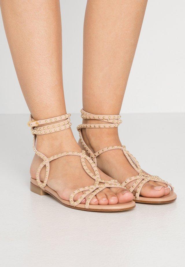 LEYA BEAD FLAT - Sandals - adobe/gold