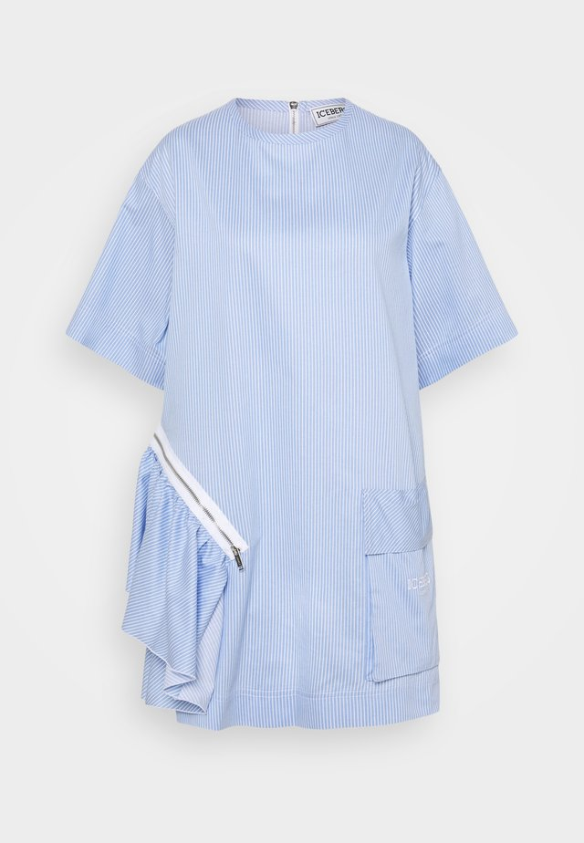 BLUSA - Robe d'été - azzurro/bianco
