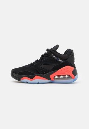 POINT LANE UNISEX - Basketball shoes - black/dark concord/infrared 23