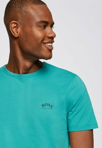 """BOSS - """"TEE CURVED"""" - Basic T-shirt - turquoise - 3"""
