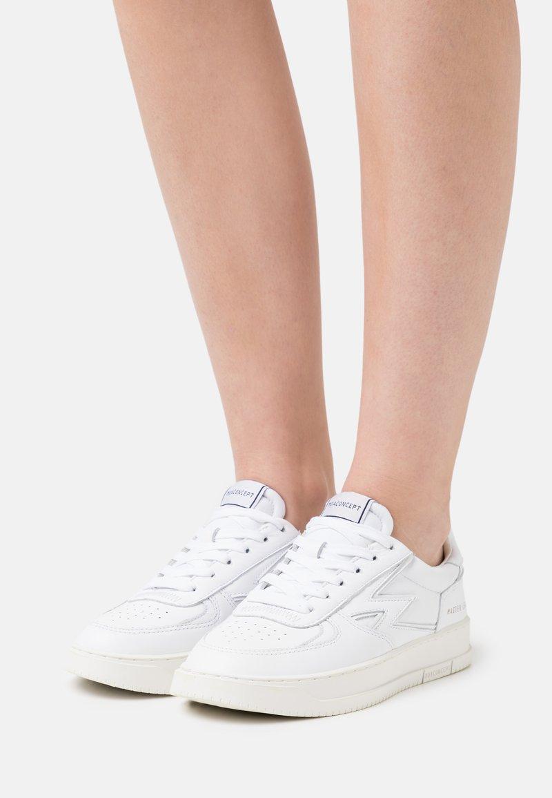MOA - Master of Arts - MASTER LEGACY - Sneakers - white